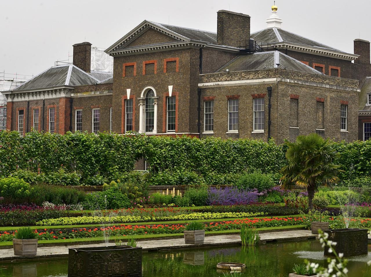 Lovely Gardens2